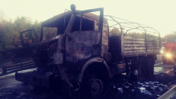 На трассе в Красносулинском районе произошло смертельное ДТП с участием военного КАМАЗа