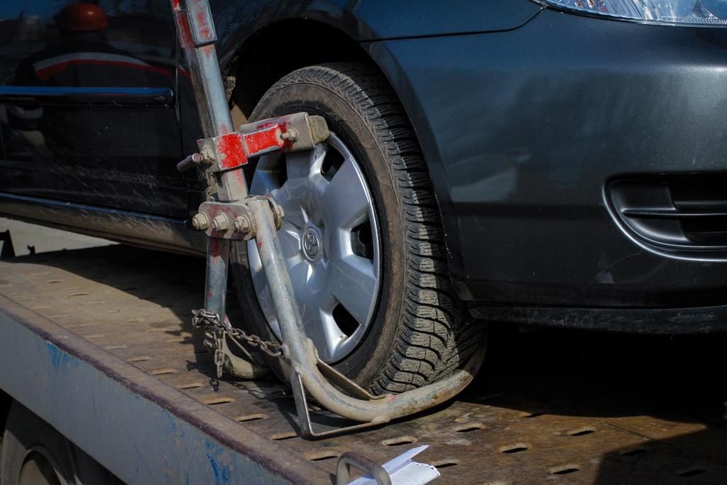 Ограничения наложены сразу на два автомобиля —Mercedes-Вenz и Infiniti