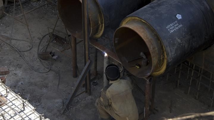 Миллион — в трубу: главу Южного обязали вернуть переплаченные за ремонт теплотрассы деньги