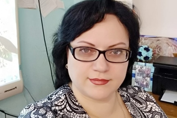 Пострадавшая женщина работает преподавателем в школе