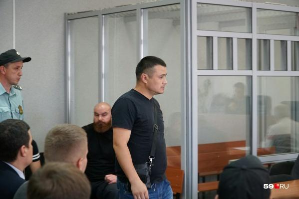 Первым в суде выслушали полицейского, приехавшего на вызов в клуб после избиения DJ Smash