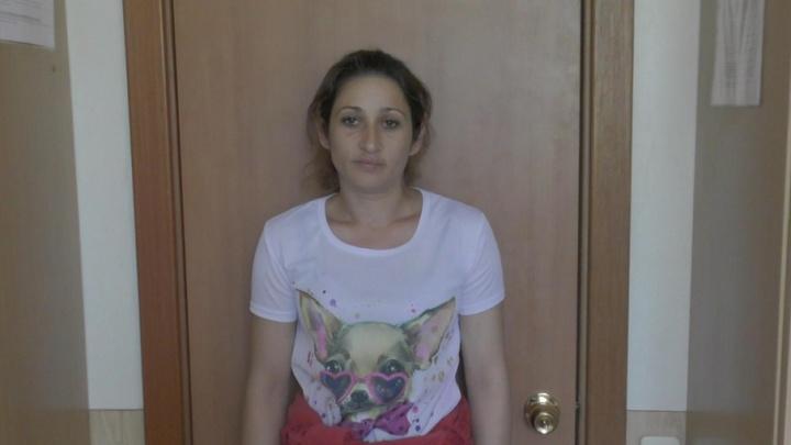 Цыганку отправили в колонию за обман девяти челябинок на полмиллиона рублей