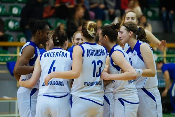 Игры Енисея и Динамо несколько лет носят статус «Сибирского дерби»