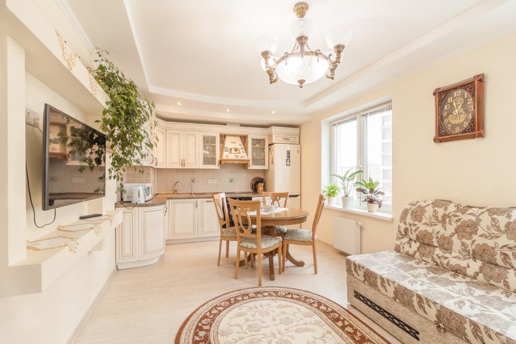 Два в одном: обзор квартир с кухнями-гостиными