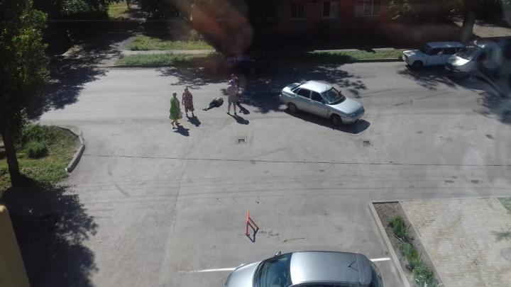 В Таганроге «десятка» сбила пенсионера, переходившего дорогу в неположенном месте