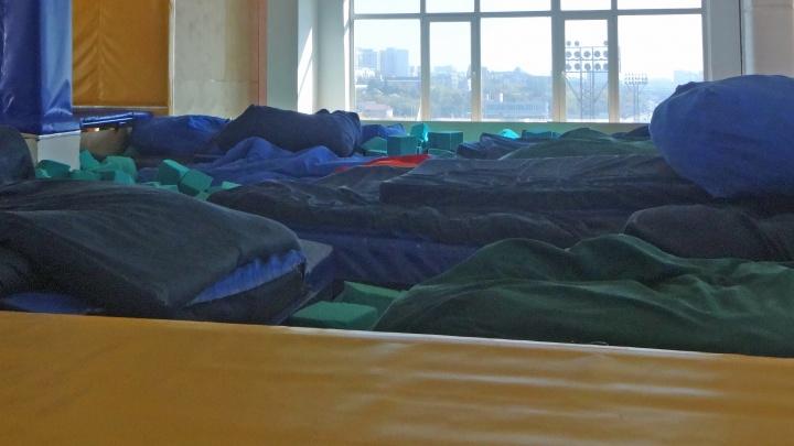 Батутный центр заставили нанять тренеров и врачей после инцидентов с детьми