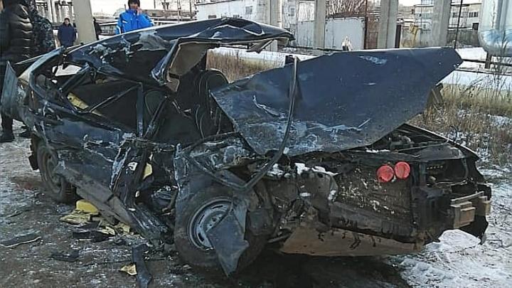В Башкирии в массовой аварии с участием грузовика погибли два человека