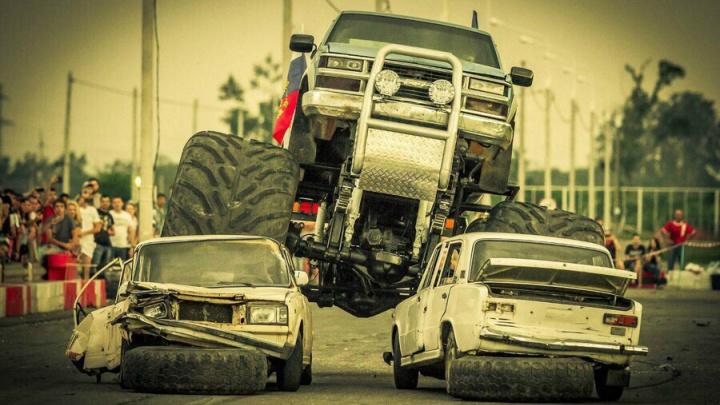 Краснодарцы скупают автомобили нижегородцев, чтобы уничтожить прямо у них на глазах