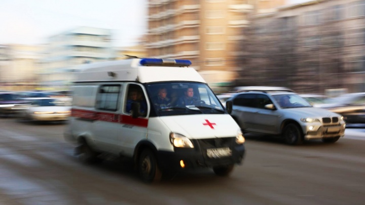 Водитель «Газели» потерял сознание за рулём и умер: машина вылетела в сугроб