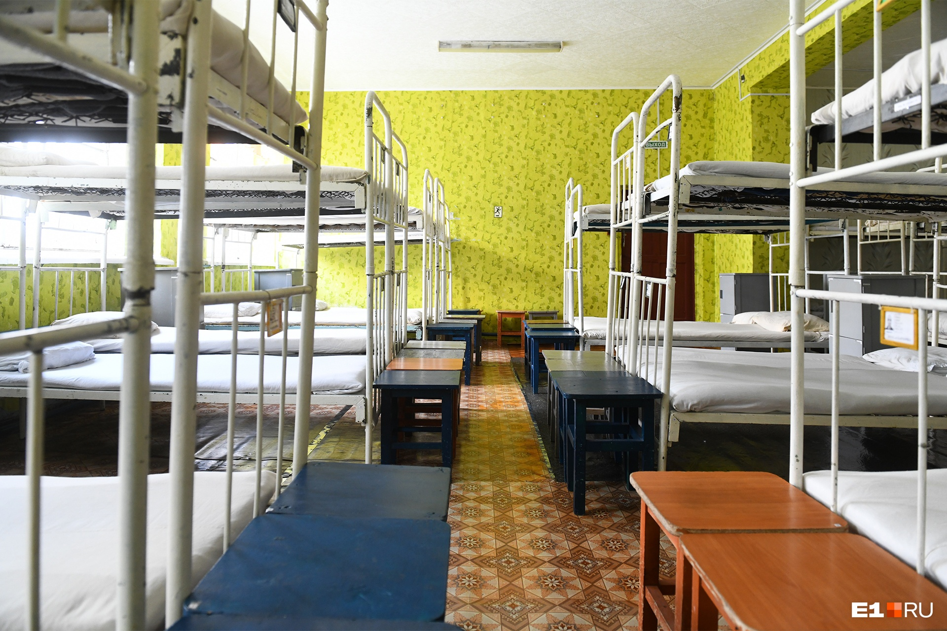 Спальные места, действительно, выглядят ухоженными