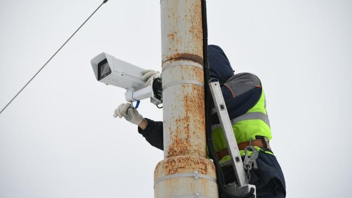 Оживленный перекресток у вокзала завесили камерами, штрафующими за все подряд