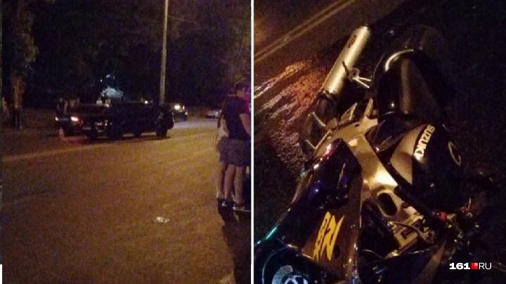 В ночном ДТП в Ростове пострадал 21-летний мотоциклист