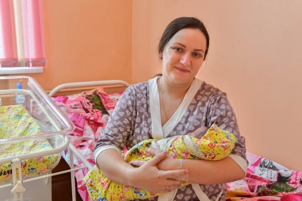 Евгения родила здорового крепкого мальчика