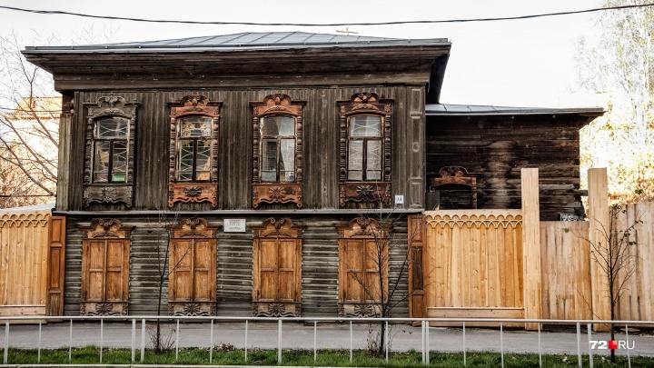 Сгорело уникальное здание. Чем известен и ценен дом на Дзержинского, где произошел пожар