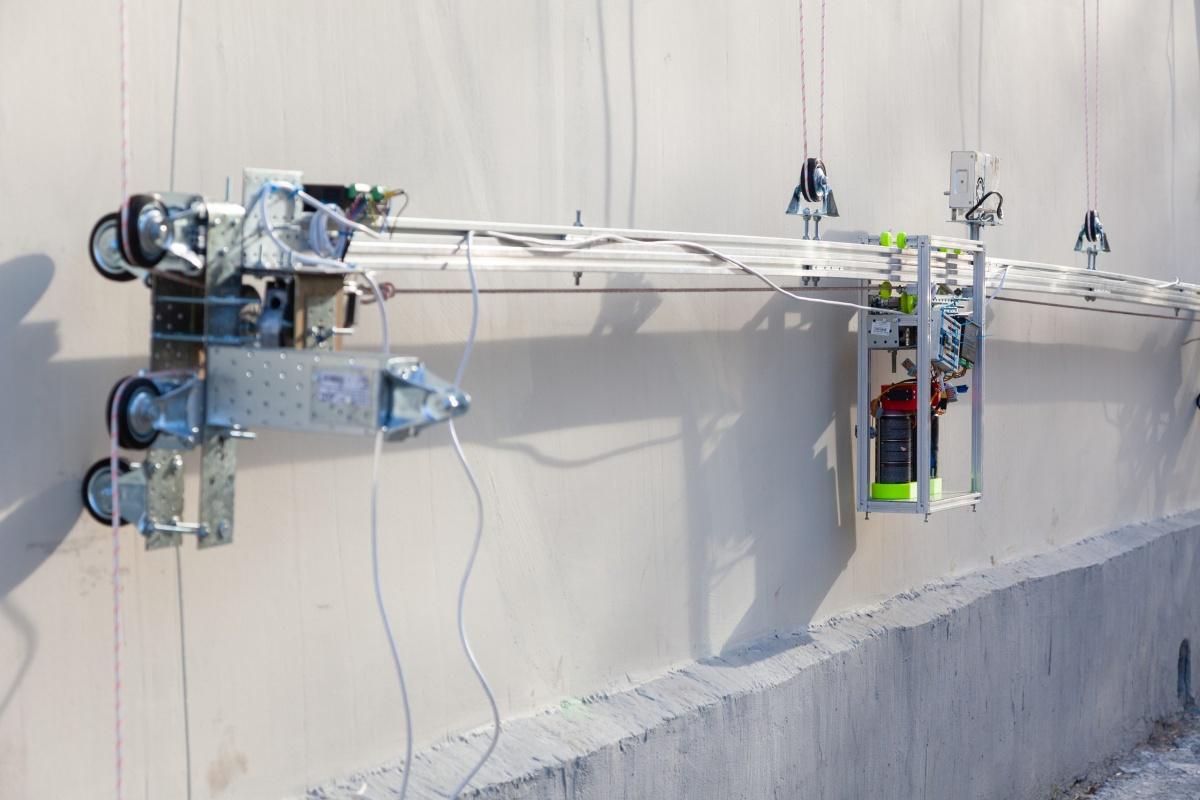 Робот-принтер нарисует гигантскую античную фреску на стене дома на улице Попова