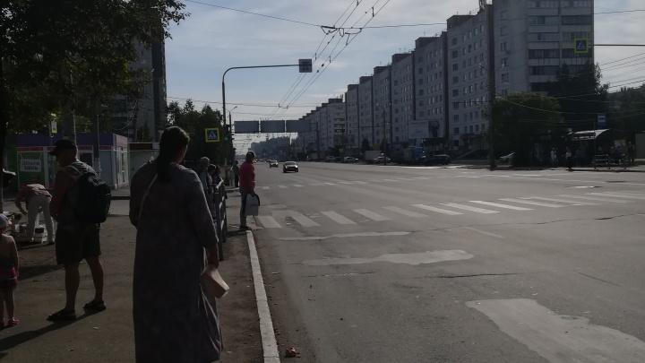 «40 минут простояли на остановке»: челябинцы столкнулись с дефицитом маршруток из-за Курбан-байрама