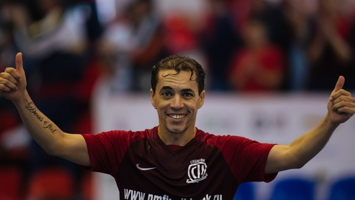Футбол: сегодня «Сибиряк» проиграл «Тюмени» в гостях