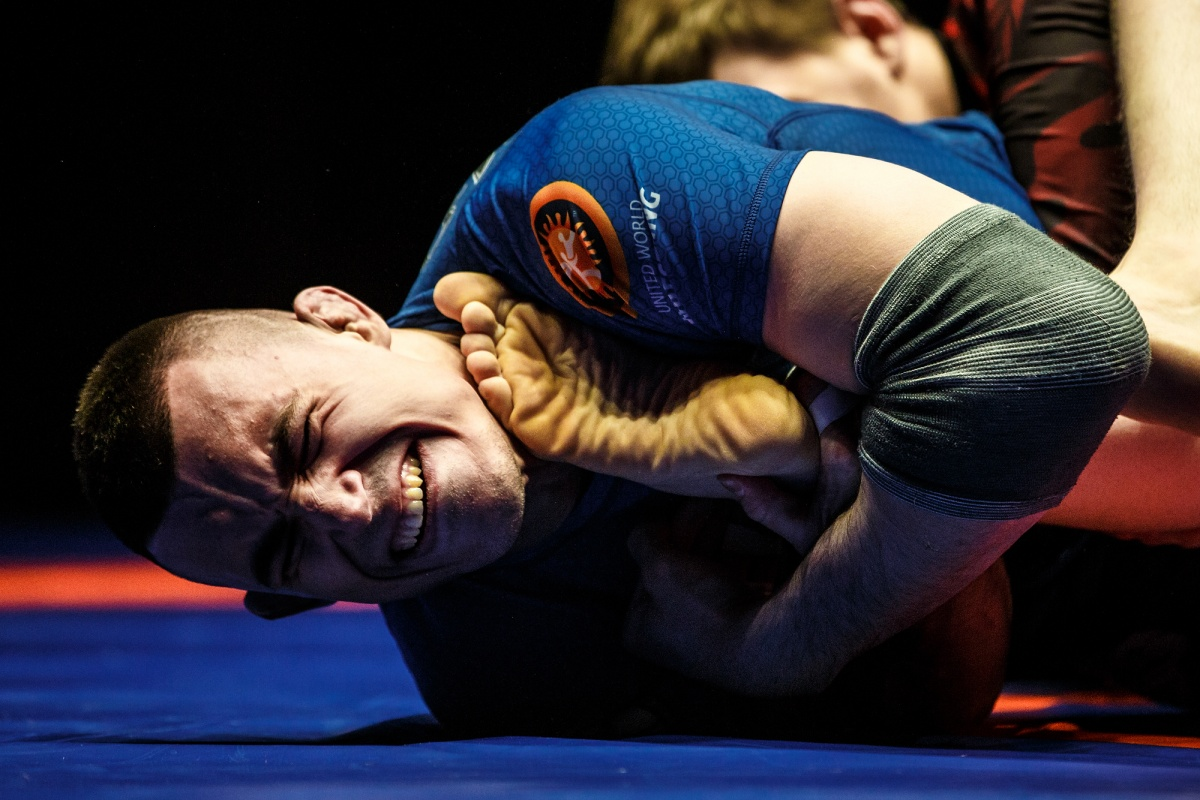 Тренер Ивана Штыркова завоевал бронзу на профессиональном борцовском турнире в Екатеринбурге (фото)