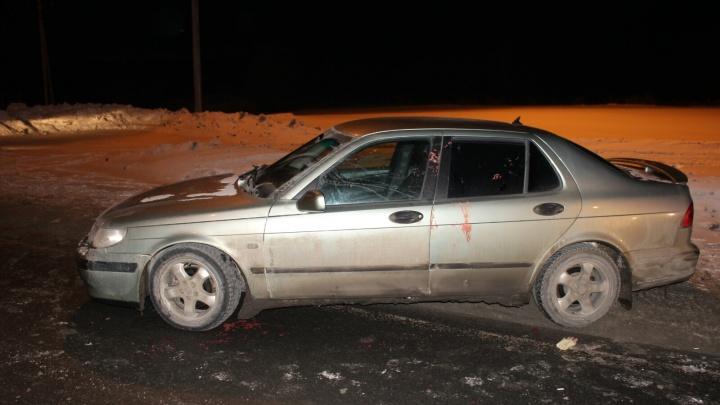 Втыкали нож в горло: в Ярославской области попутчики напали на водителя