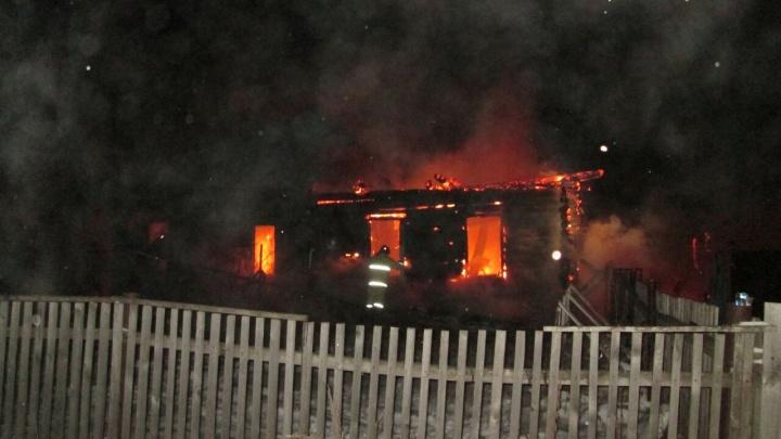 В Башкирии сгорел дом: в пожаре погиб 50-летний мужчина