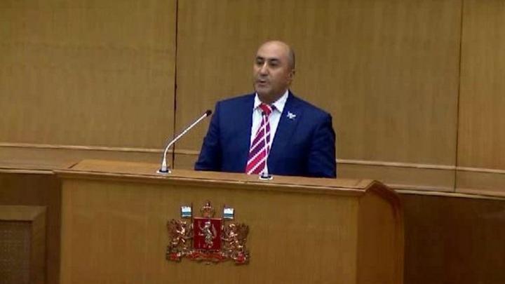 """""""Он плохой мальчик"""": пойманный пьяным Карапетян произнёс огненную речь об осудившем его депутате Коробейникове"""