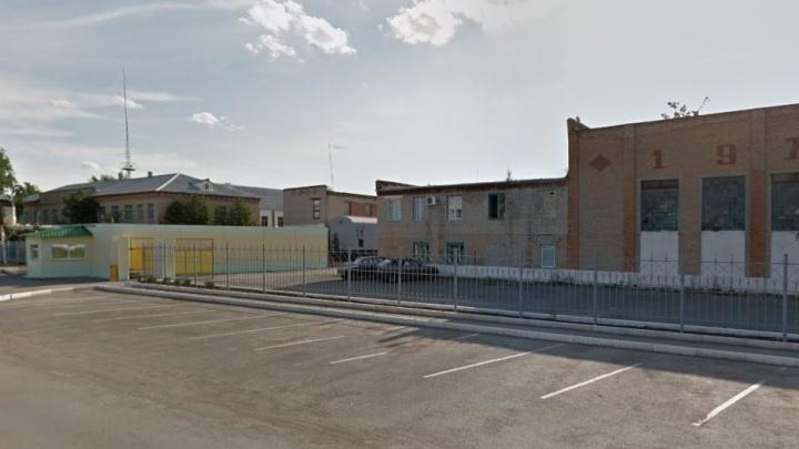 «Заказывали блюда»: начальника копейской колонии арестовали за взятку от заключённых