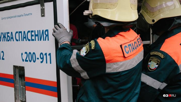 В Самарской области женщина и ребенок разбились о деревья, катаясь на «ватрушке»