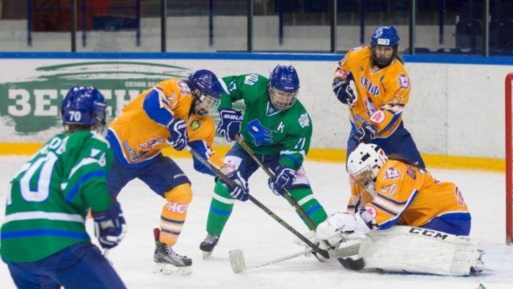 Одна победа до финала: уфимские хоккеистки «Агидель» борются за Кубок