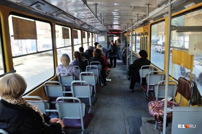 Трамваи будут объезжать закрытый участок Ленина