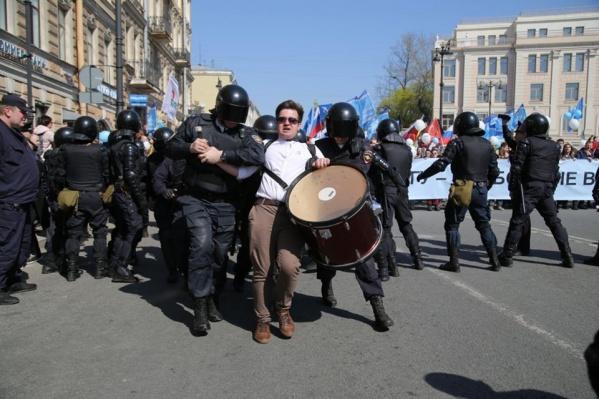 Так проходили задержания в Санкт-Петербурге