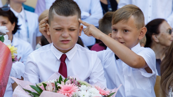 Снова за парту: смотрим лучшие фотографии с Дня знаний в Волгограде