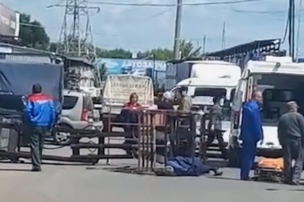 Рабочие получили серьезные травмы