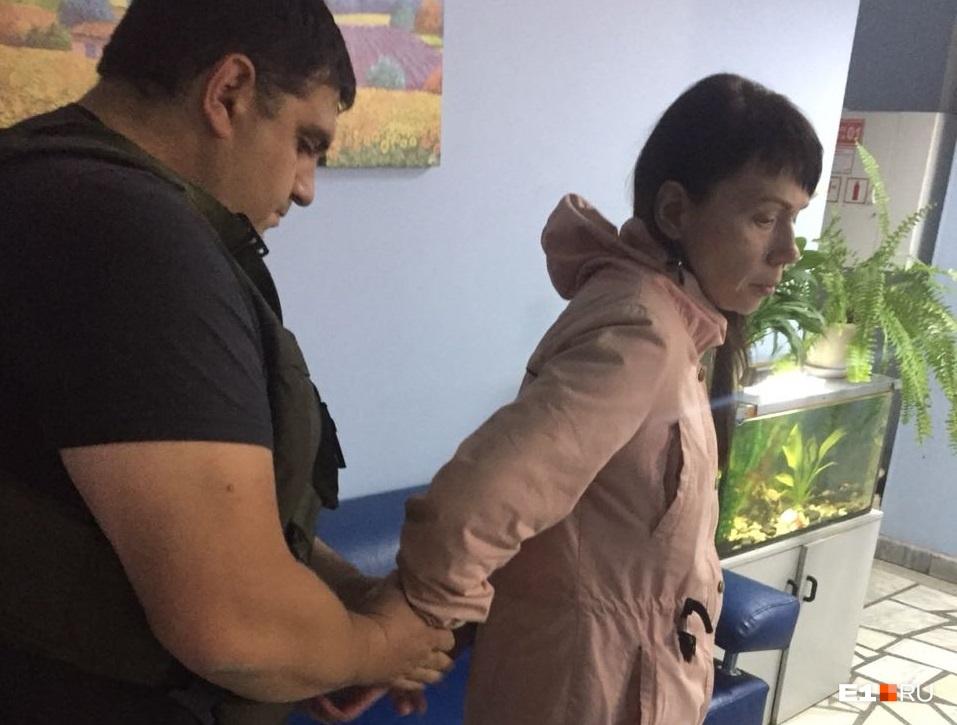 Задержание женщины после кражи в учебном центре торговой сети «Монетка»