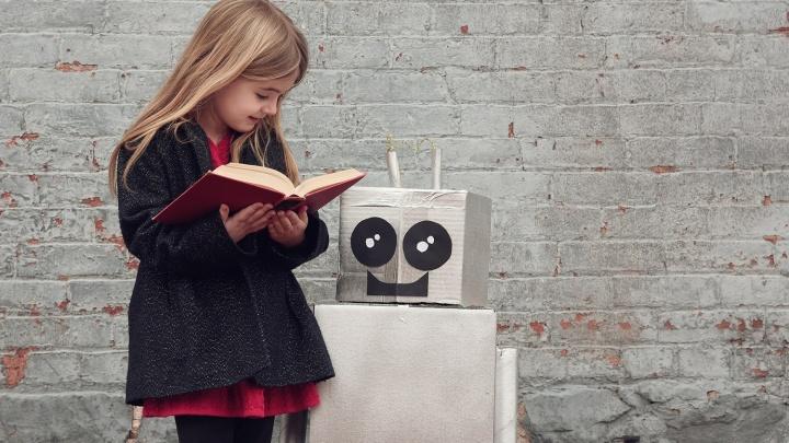 Детей отправят в мир роботов и научат говорить на международном языке