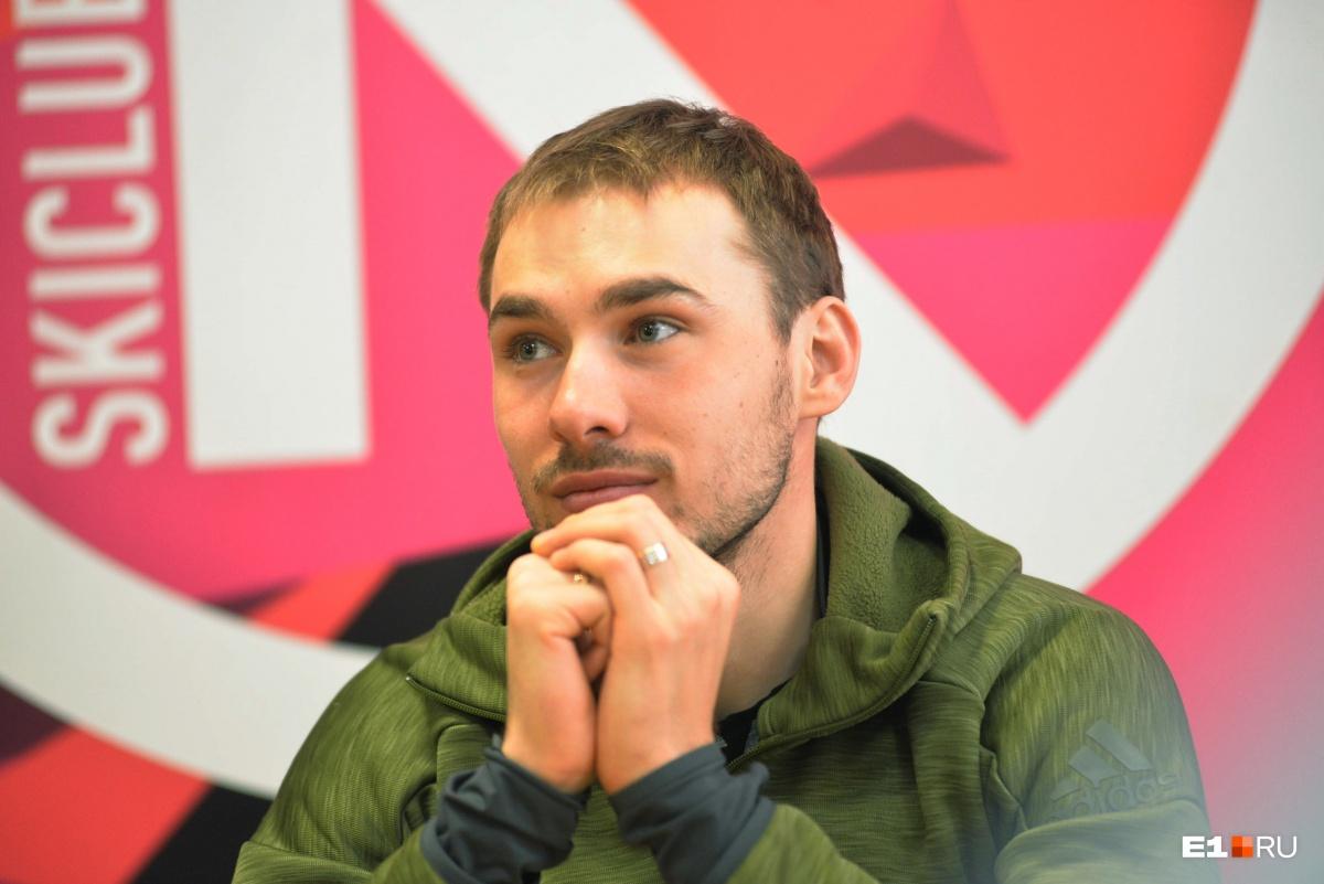 О своем решении начать политическую карьеру Антон Шипулин объявил в марте