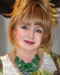Ирина Максимюк, главный врач Центра Эстетической Медицины: «Женщины не должны бояться своего возраста и времени вообще»