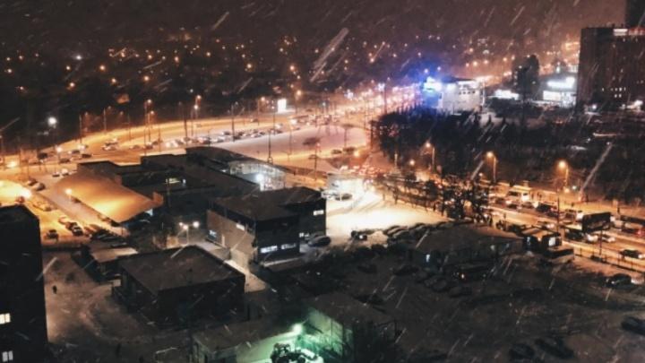 На двух перекрестках Московского шоссе отключили светофоры