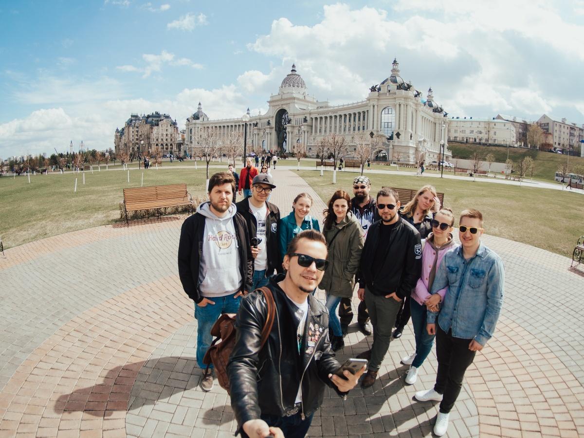 Жители Екатеринбурга и Тюмени съездили до Казани на раритетных «Волгах» из 60-х