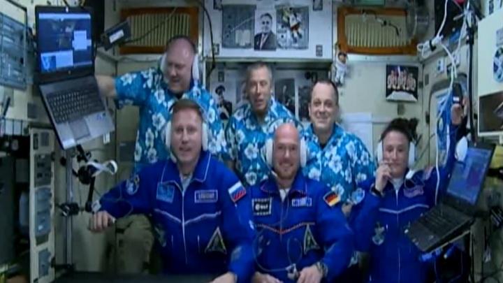 В NASA показали видео, как екатеринбургский космонавт с командой перешел на борт МКС