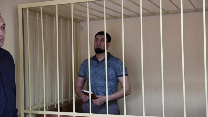 «Били по ягодицам, ускоряя заключённых»: суд зачитывает материалы дела об издевательствах в колонии