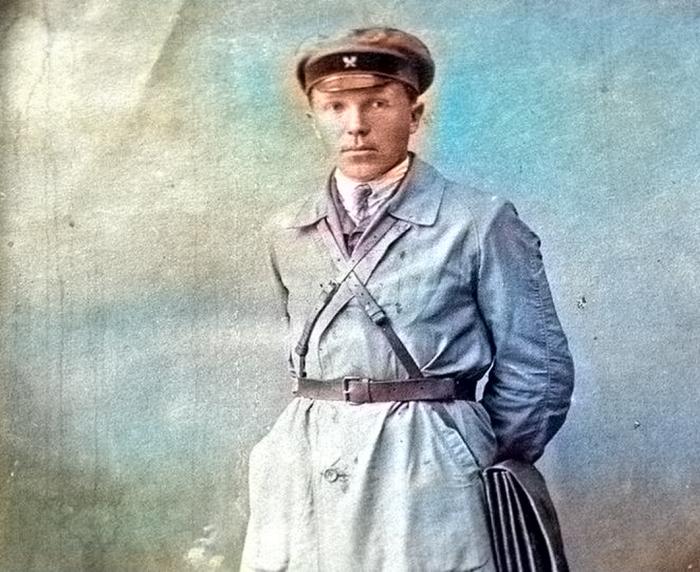 По официальной версии, Николай Кузнецов приехал в Свердловск для учёбы