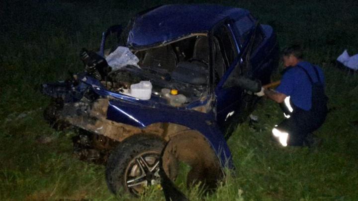 В столкновении микроавтобуса и легковушки на трассе Уфа–Оренбург погиб человек