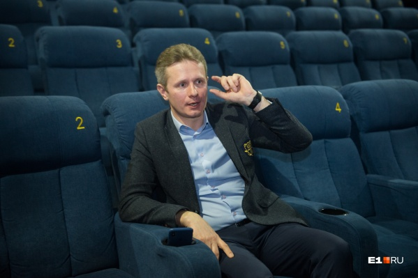 Владимир Петелин не исключает, что в будущем могут появиться залы, где вход с попкорном будет запрещен