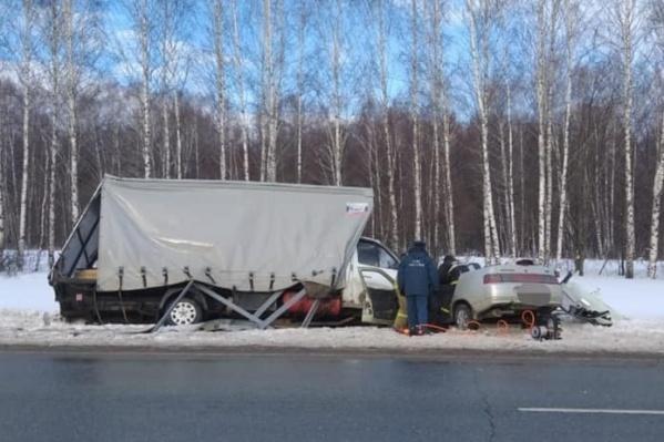 Авария случилась на дороге Самара — Уфа — Челябинск