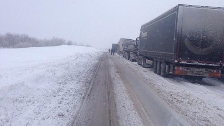В Самарской области из-за ДТП перекрыли трассу М-5 «Урал»