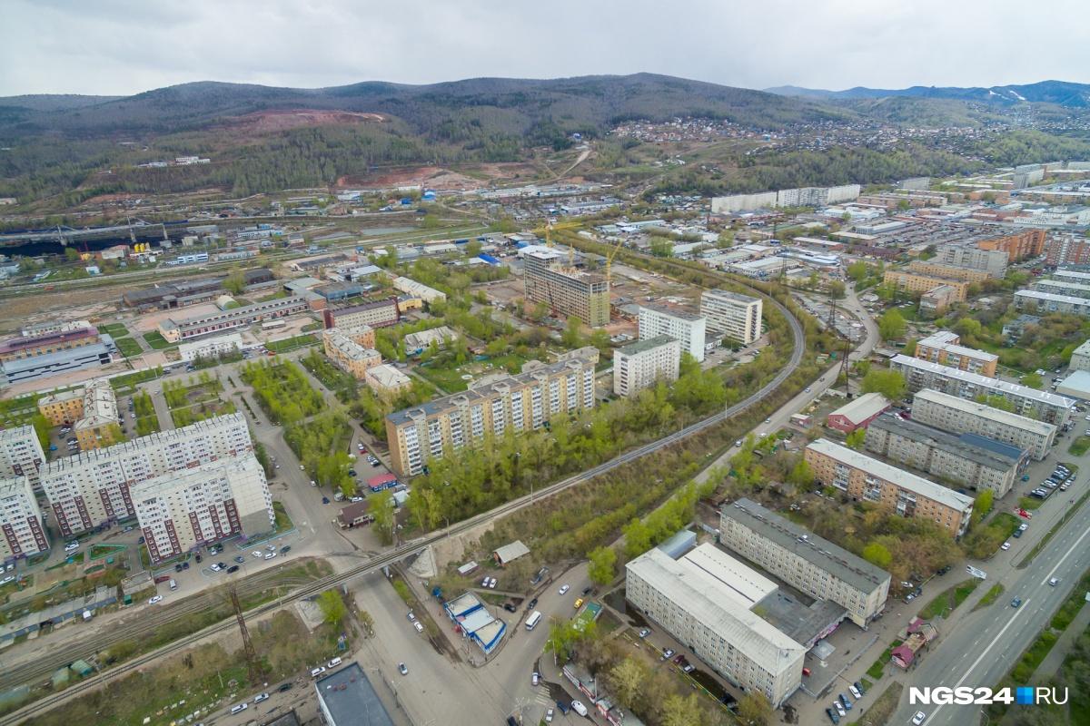 Район ХМЗ: дома строят на месте административных корпусов завода