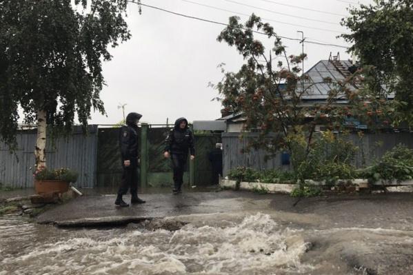Частные дома, которые были затоплены канализационными стоками, решено расселить