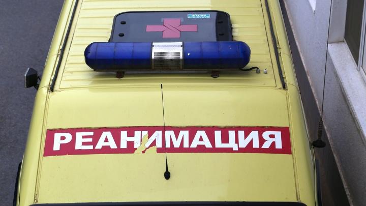 В Уфе пассажирский автобус НЕФАЗ столкнулся с фурой