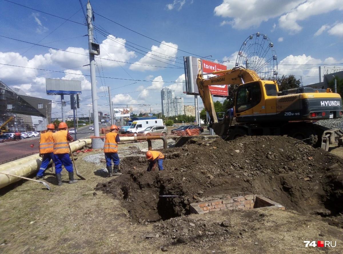 Так сейчас выглядит часть Свердловского проспекта почти в самом центре города