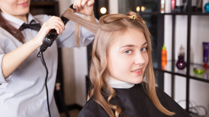 «Хватит мучиться»: волгоградкам представили бьюти-новинку, которая заменит целую парикмахерскую